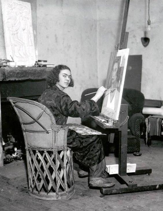avanishedtime:  Frida Kahlo