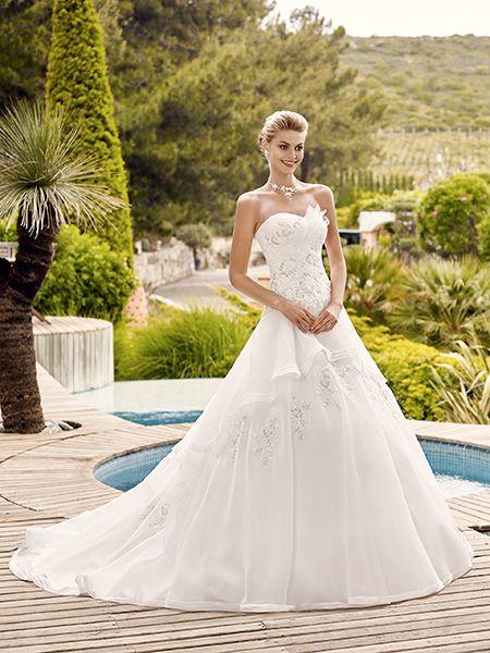 robe de marie mouvante - Point Mariage Plan De Campagne