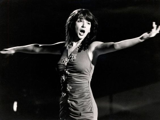 "1979 Kate Bush performs ""Wow"""