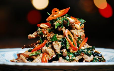 Beef tossed with wild betel leaf and lemongrass (Bo xao la lot) Recipe