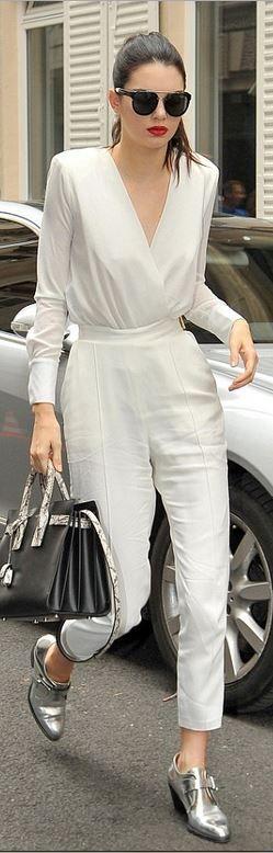 2300c40ae3ea4 Dior Shirt Kylie Jenner