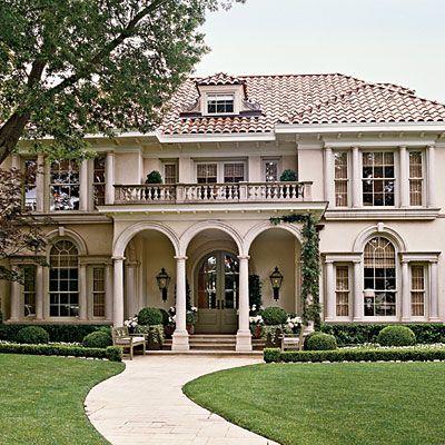 Front balcony. front columns. Symmetry. Love!