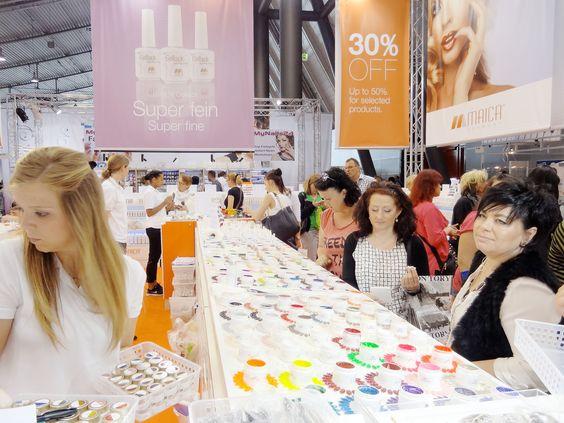Wir haben 180 Farbgele im Angebot - Made in Germany