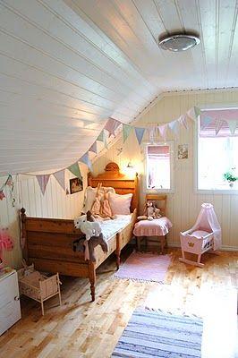 silje-sin: Vimpel på jenterommet!  Bedroom  Pinterest