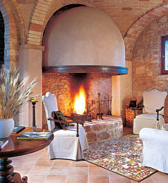 Вилла в бывшем аббатстве в южной Тоскане Архитектор-реставратор Паоло Росси