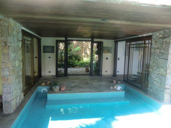 http://macaeproperties.com/listing/about-brazil-house/ pool- Ferradura Buzios Brazil
