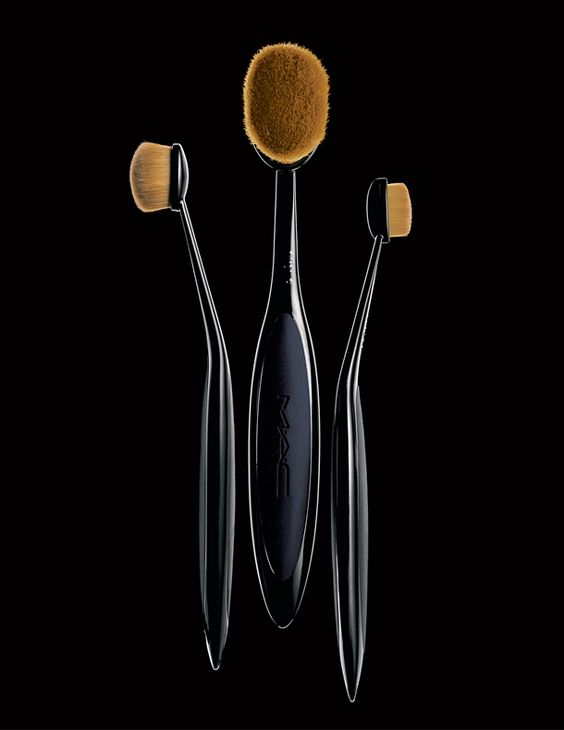 M·A·C Masterclass Brush Collection