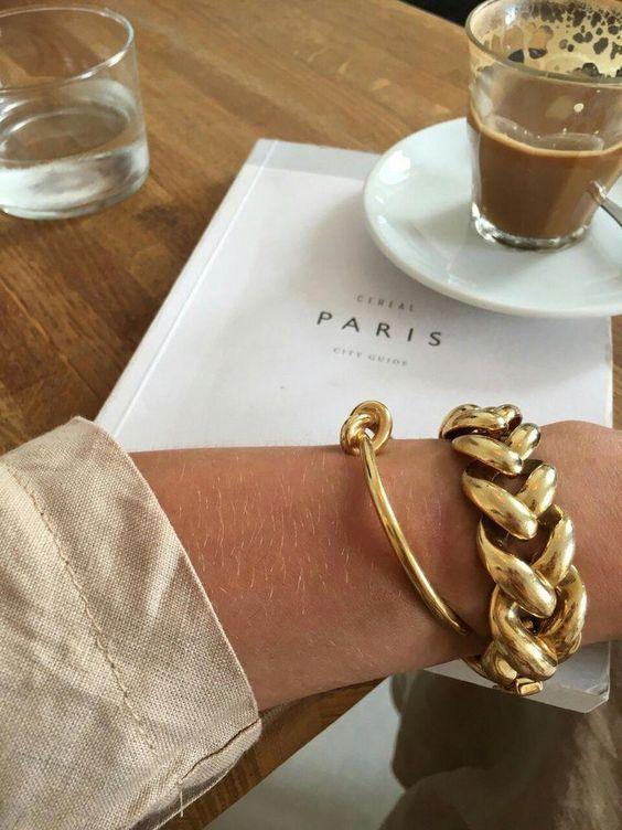 Bracelet + Gold #Gold #Bracelets #GoldBracelet #ChainBracelet #Jewelry #Accessories #Southindianjewellery