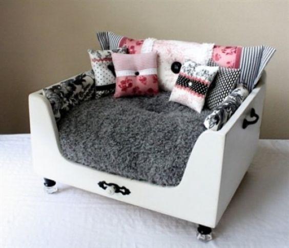 Asombrosas camas para perros para interiores y exteriores - Como hacer camitas para perros ...