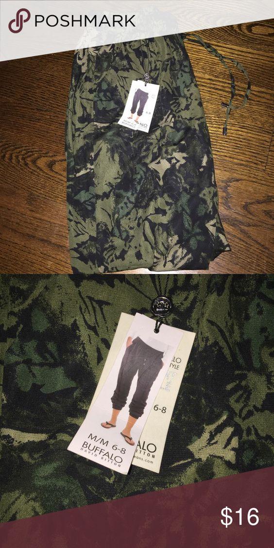 Buffalo slouch pants Buffalo Olive abstract slouch pants brand new Buffalo David Bitton Pants Track Pants & Joggers