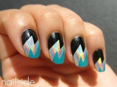 lightening bolts nail art