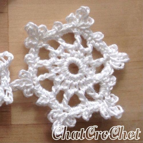 Comment faire un flocon de neige (motif des cristaux de neige) | Knitting | Knitting & Artisanat Couture