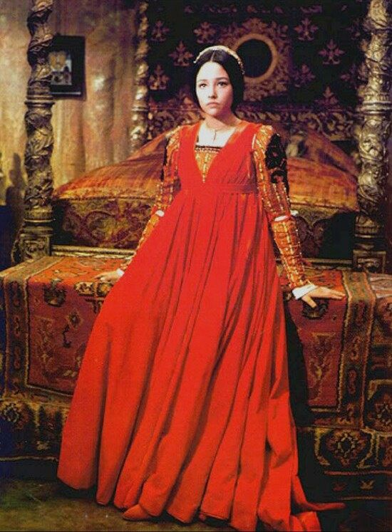 Red Olivia Hussey Romeo And Juliet Costumes Romeo And Juliet