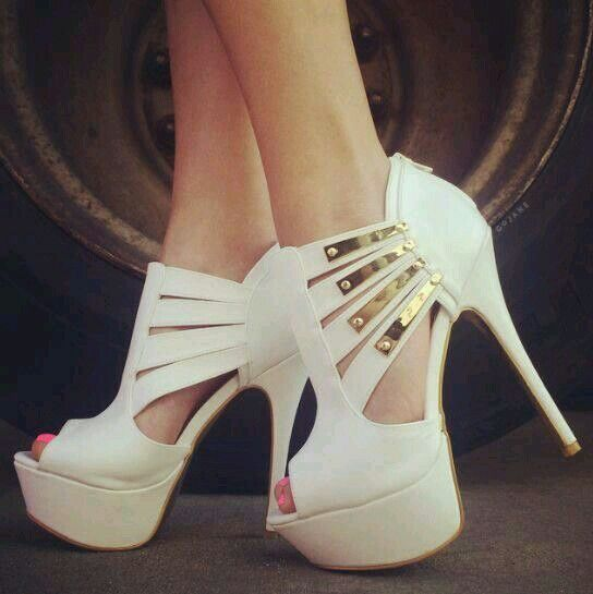 Love these white and gold heels ♡ | Shoooesies | Pinterest | Gold