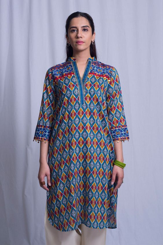 Stitching Styles Of Pakistani Dresses Blue Printed Shirt