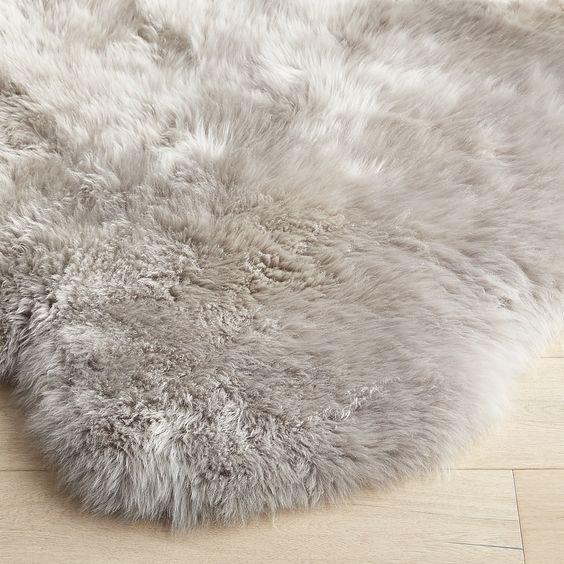 "Gray 3'5""x6 Sheepskin Rug"