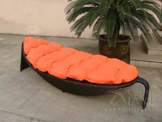 Outdoor Rattan Daybed For Hotel Building Fashion Leaf Shaped Transport By Sea Rattan Daybed Hotel Building Daybed