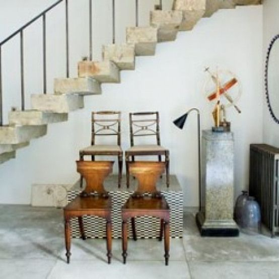 Poignant Reminder Clean Architectural Classic With A Twist House Tours Hall Chair Painted Chairs Regency House