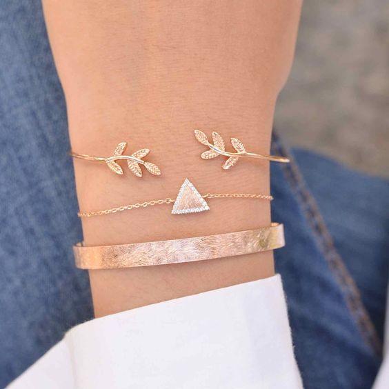 Majolie - Bracelet Jonc Laurier Or Rose – Majolie - Des bijoux prêts à offrir! http://amzn.to/2srDYfu