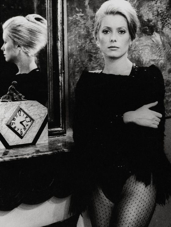 1969 - Catherine Deneuve in « La sirène du Mississipi » directed by François Truffaut.: