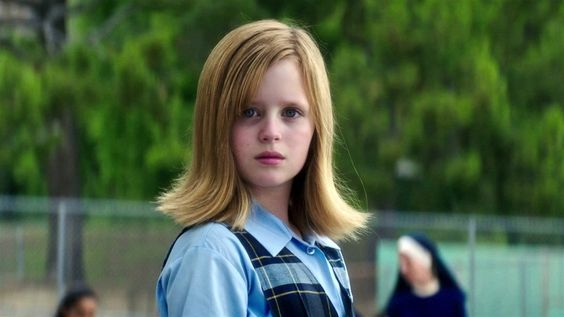 Lulu Wilson in Ouija: Origin of Evil (2)