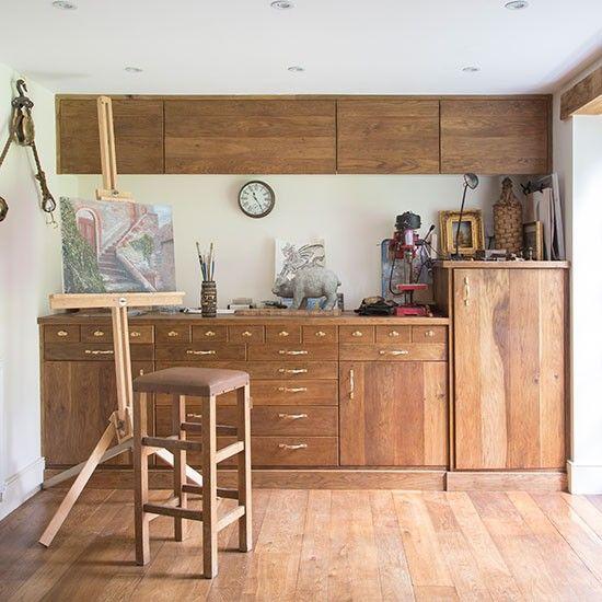 Wohnideen  Arbeitszimmer Home Office Büro - Home Office und Studio mit Holzlager
