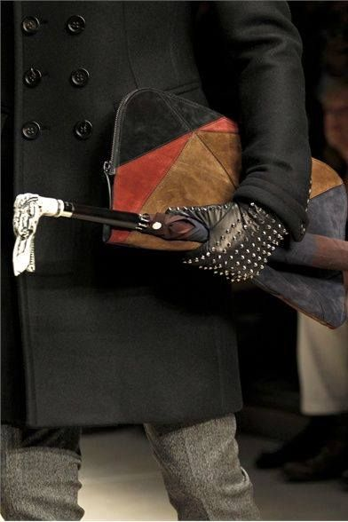 gloves, umbrella bag, coat