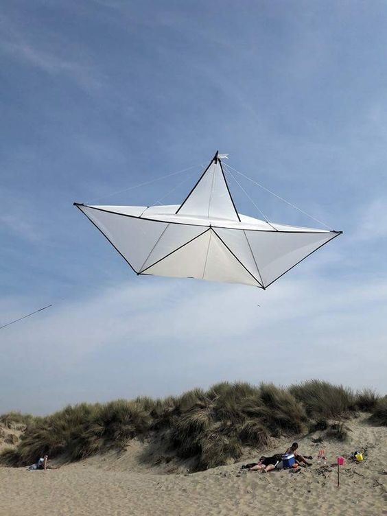 Paper boat kite