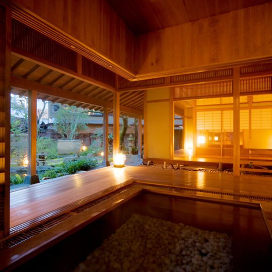 日本を代表する名湯有馬温泉でほっこり癒されませんか