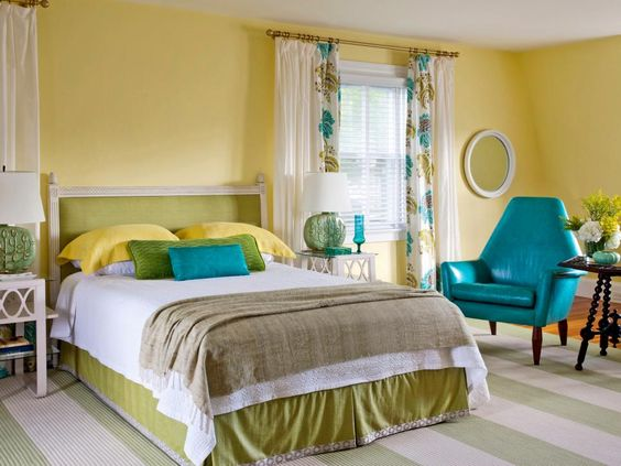 bright yellow and teal bedroom #yellow #turquoise #bedroom #home #interiordesign #decor #decorideas