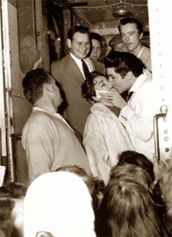 Image result for Elvis Presley january 11, 1958