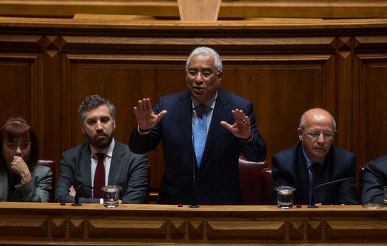 PS quer negociação em posição contra sanções, PSD responde com texto próprio