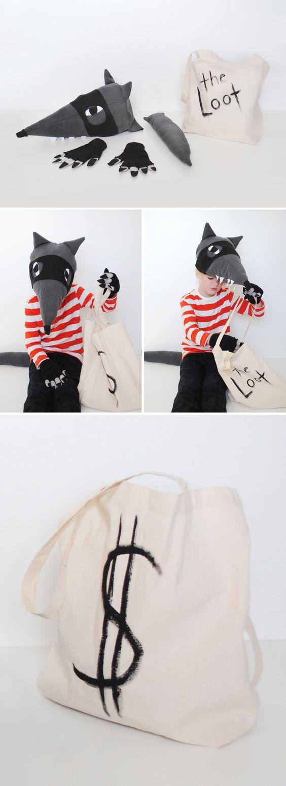 Toma disfraz molon de lobo ladrón! muy original :)