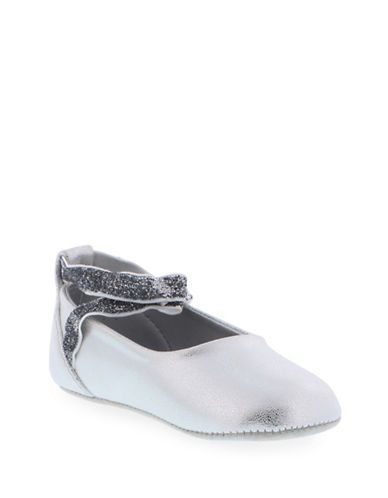 Kenneth Cole Tap Ur It Strappy Flats  Silver 2