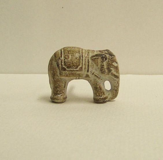 Knob, Elephant Knob, Wooden Dresser Knob, Safari Decor, Wildlife Drawer Pull, Nursery Decor