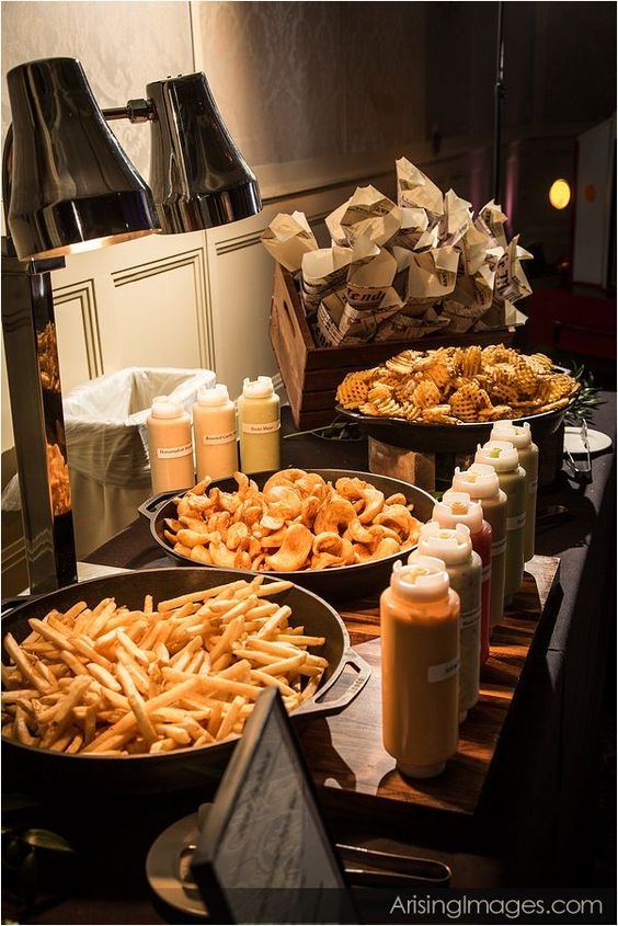 Truffle fries truffle oil and ketchup on pinterest for Food bar ideas for weddings