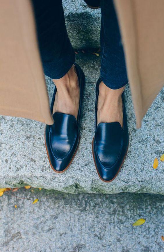 25. Дорогая и классная обувь. Очень хочу, чтобы вся обувь была исключительной.)