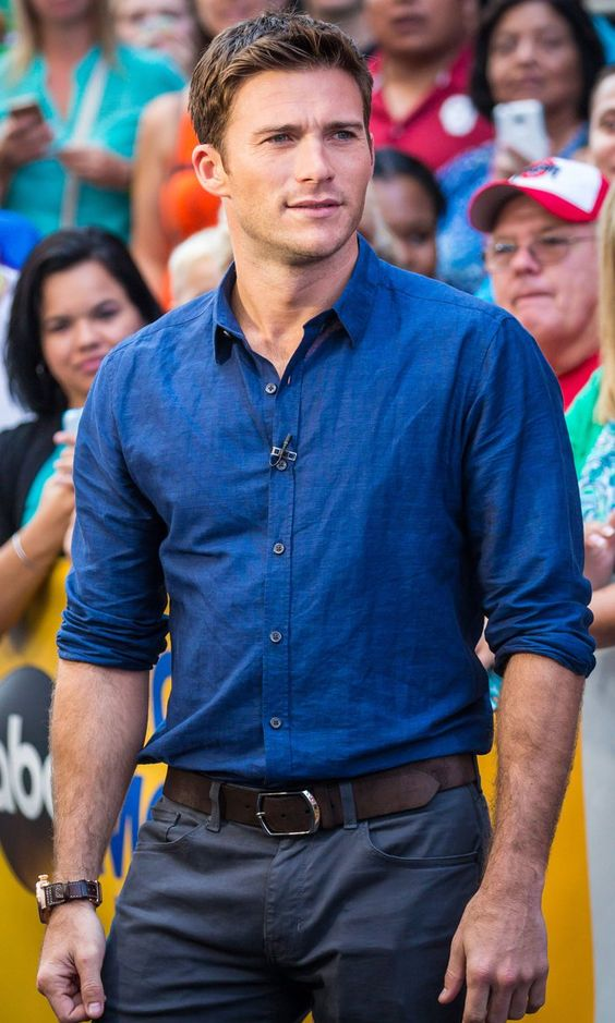 Pin for Later: Scott Eastwood Brings His Baby Blues to the Big Apple