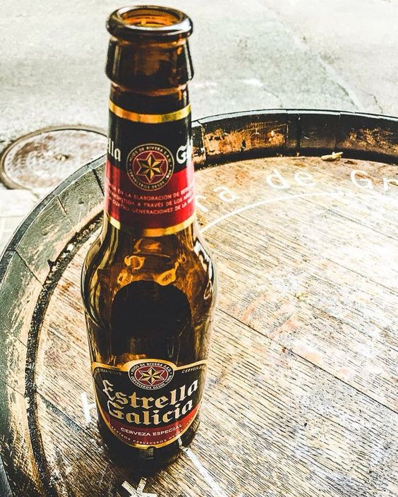 We don't know about you guys but we'd rather be spending our humpday on the beach with a Spanish beer like this Barcelona #throwback... But it won't be long until the #askVENTH team are headed on a road trip to LA!  #askVENTHtravel