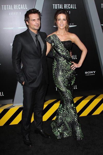 Kate Beckinsale shines, Jessica Biel fizzles at  Total Recall premiere