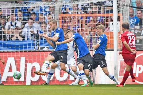Das 1:5 gegen Halle ist Arminias höchste Heimniederlage in einem Ligaspiel seit Mai 1987 : Chronologie eines Debakels