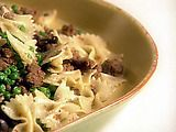 Giada's Farfalle with Turkey Sausage, Peas and Mushrooms Recipe..  SO yummy!!