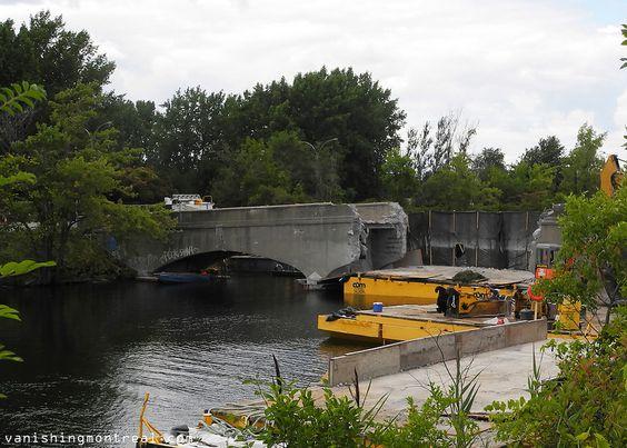 On-going : Pedestrian bridge