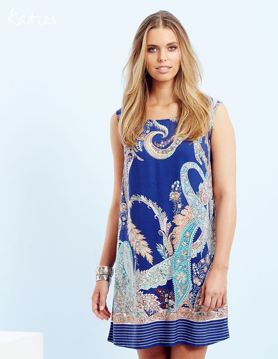 THE SHIFT DRESS / With its relaxed silhouette, vibrant paisley print and glamorous keyhole back detail this is the multi-tasking must-have for any summer occasion.
