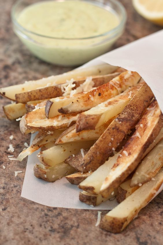 Homemade Parmesan Steak Fries served with a super easy Garlic Aioli from scratch!