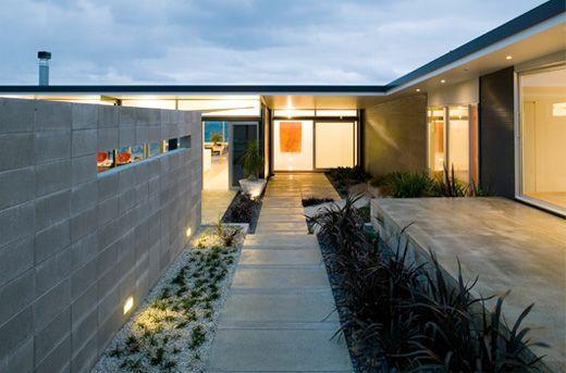 Single Storey T-Shaped Beach House Design - Okitu House by Pete Bossley