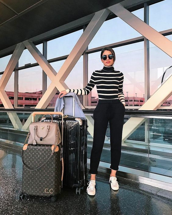 60+ Airport Fashion Travel Outfits Ideas 10 – Fiveno