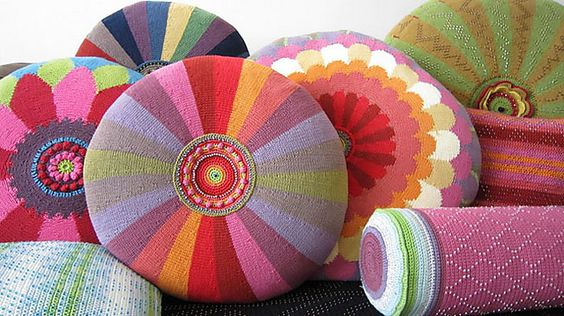 Ravelry: Project Gallery for Kaleidoscope Circle Cushion Cover pattern by Jane Crowfoot