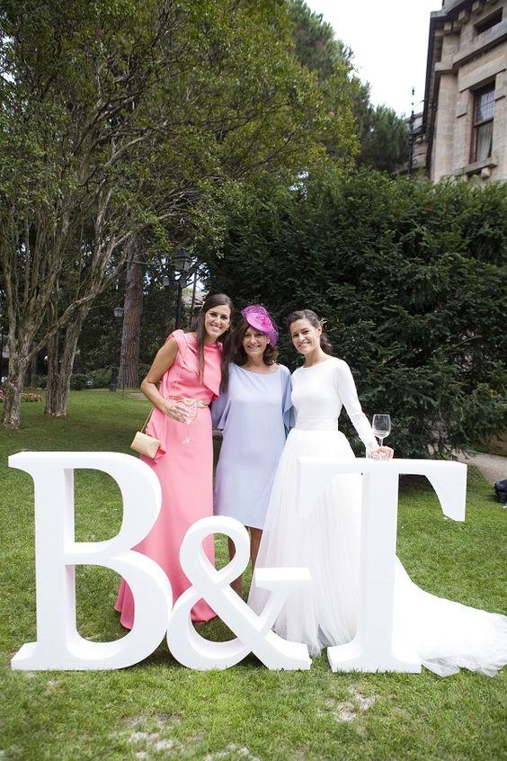 Carmen Soto The Bride   Atelier de vestidos de novia   Novias The Bride: La boda de BeaandTom   http://www.carmensotothebride.com