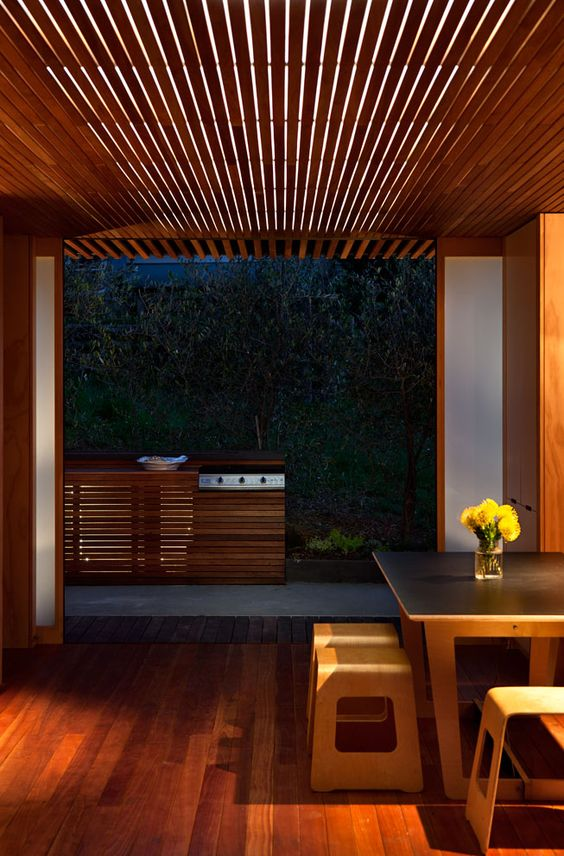HOME New Zealand: Outtakes: The Onemana Bach by SGA Architects and Unitec students